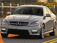 mercedes-benz c63 amg coupe pic #84566