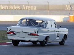 Mercedes-Benz 220 SE Racer Car pic