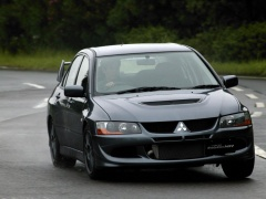 Lancer Evolution VIII photo #13903