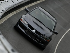 Lancer Evolution VIII photo #13904