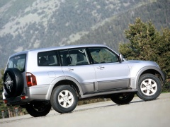 Montero GLS 5-door photo #15890