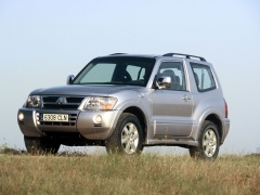 Montero GLS 3-door photo #15912