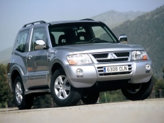 Montero GLS 3-door photo #15923