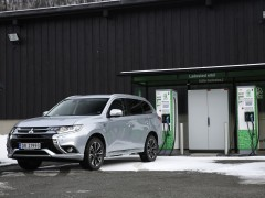 Outlander PHEV photo #176024