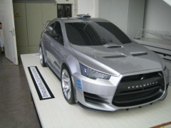 Mitsubishi Lancer Evolution Concept-X rally pic