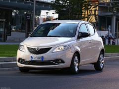 Ypsilon photo #156671