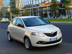 Ypsilon photo #156673