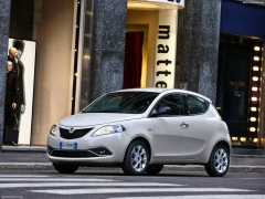 Ypsilon photo #156674