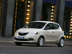 Ypsilon photo #156675
