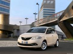 Ypsilon photo #156678