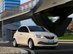 Ypsilon photo #156679