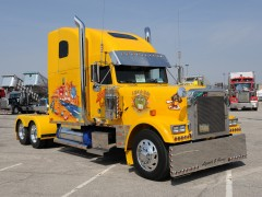 freightliner classic pic #61060