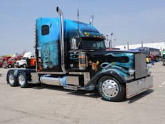 freightliner classic pic #61061