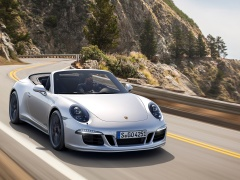 911 Carrera GTS photo #130417
