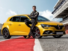 Megane RS Trophy photo #190079