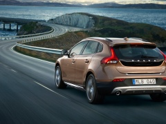 volvo v40 cross country pic #126500