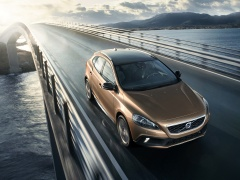 volvo v40 cross country pic #126501