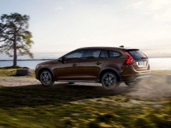 volvo v60 cross country pic #132139
