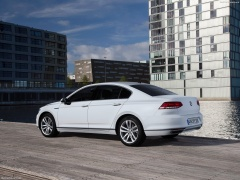 Passat GTE photo #145903
