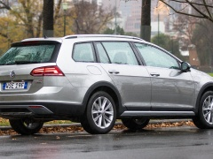 Golf Alltrack photo #179351