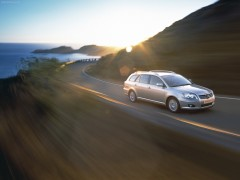Avensis Tourer photo #72206