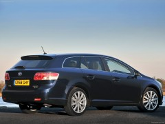 Avensis Tourer photo #72228