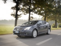 Avensis Tourer photo #72230