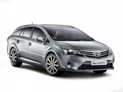 toyota avensis pic #84226