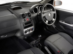 holden tk barina hatch 3-door pic #36909