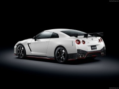 nissan gt-r nismo pic #131157