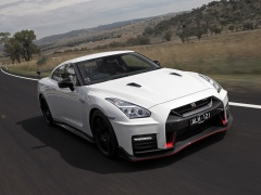 nissan gt-r nismo pic #174535