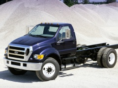 Ford F-750 pic