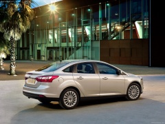 ford focus sedan pic #76061