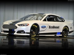 Ford Fusion NASCAR pic