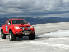 Toyota Hilux photo #71443