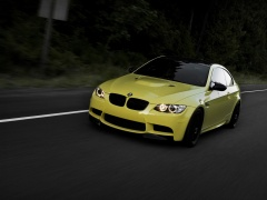Dakar Yellow BMW M3 (E92) photo #65952