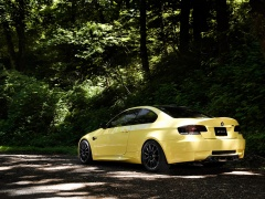 Dakar Yellow BMW M3 (E92) photo #65954