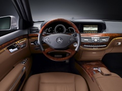 AMG S-Class pic