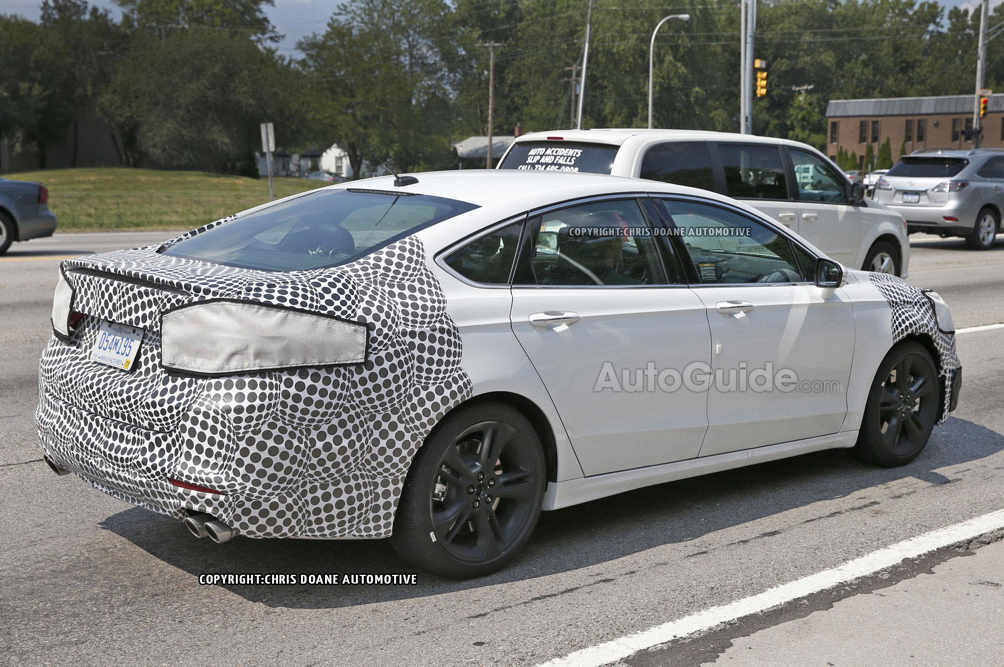 Ford Fusion St >> Latest Ford Fusion St Has Quad Exhaust Pipes Car News