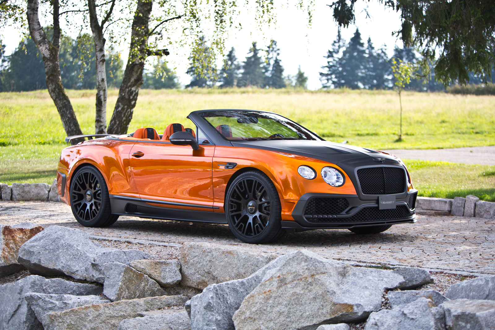 Carbon Fibber Bentley GTC from Mansory produces 1,001 HP