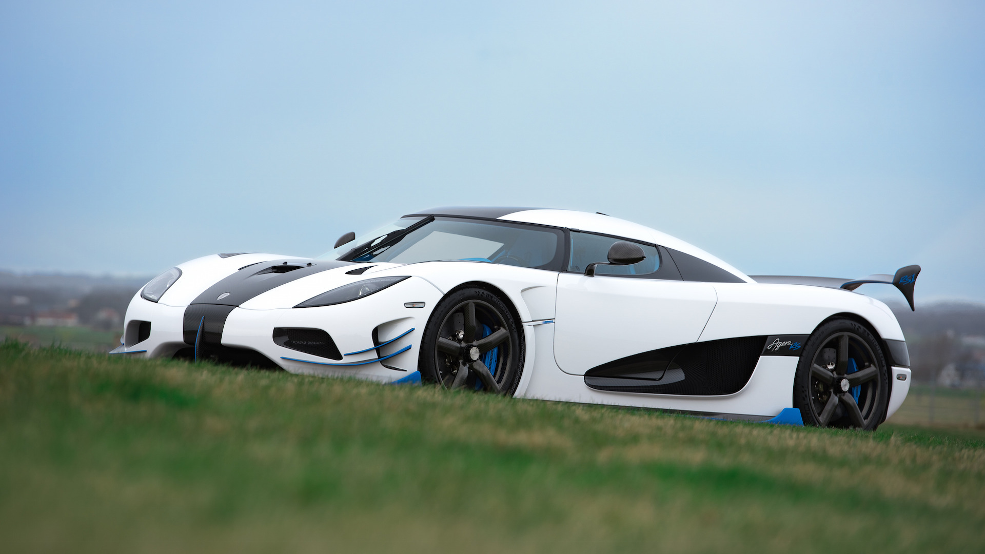 One More 1,360-HP Agera From Koenigsegg