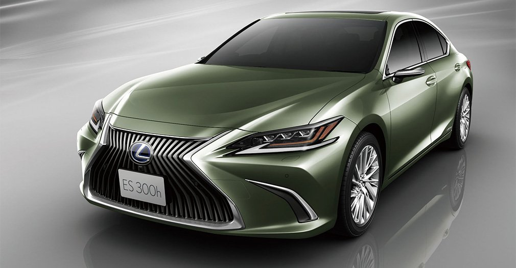 Cameras completely replaced the side mirrors in Lexus cars