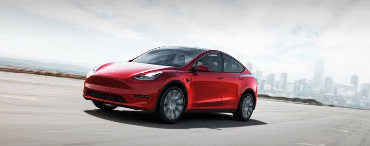 Tesla Model Y testes on the road (VIDEO)