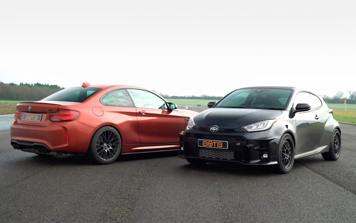 Toyota Yaris and BMW M2 fought in the race (VIDEO)