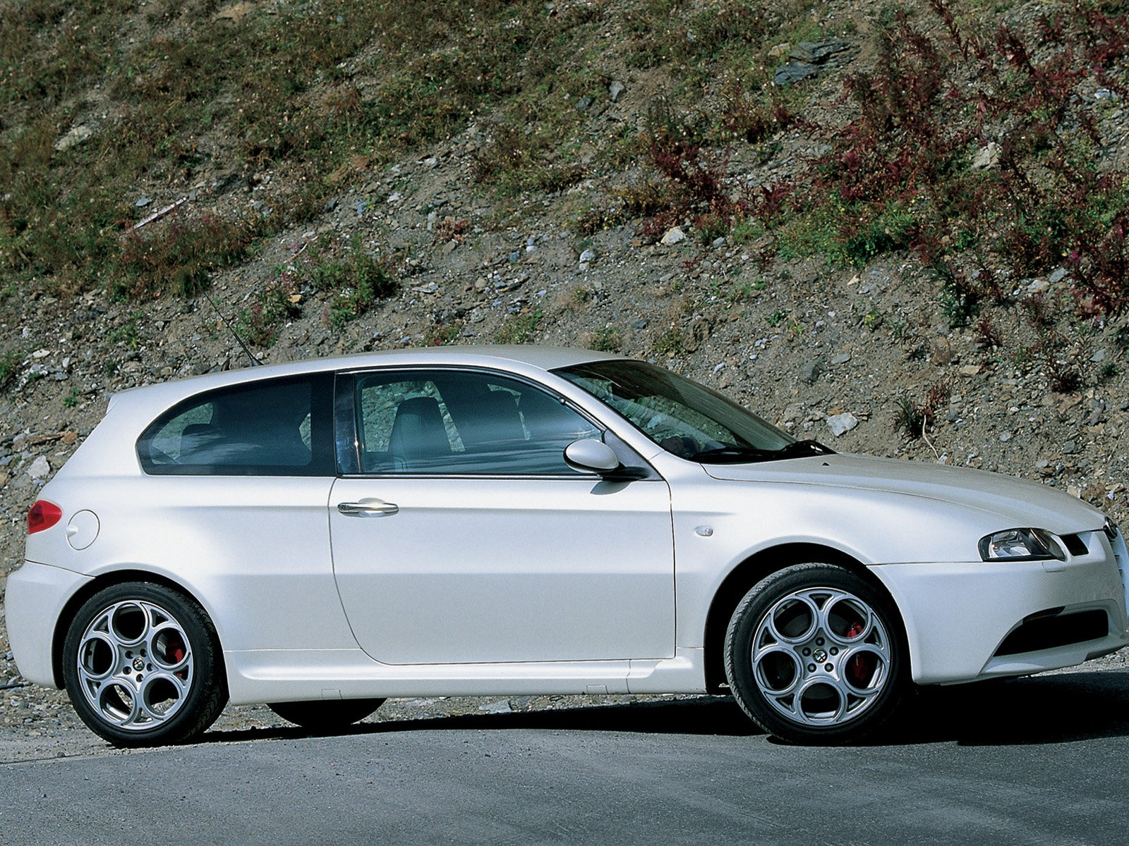 alfa romeo 147 gta picture 9115 alfa romeo photo gallery. Black Bedroom Furniture Sets. Home Design Ideas