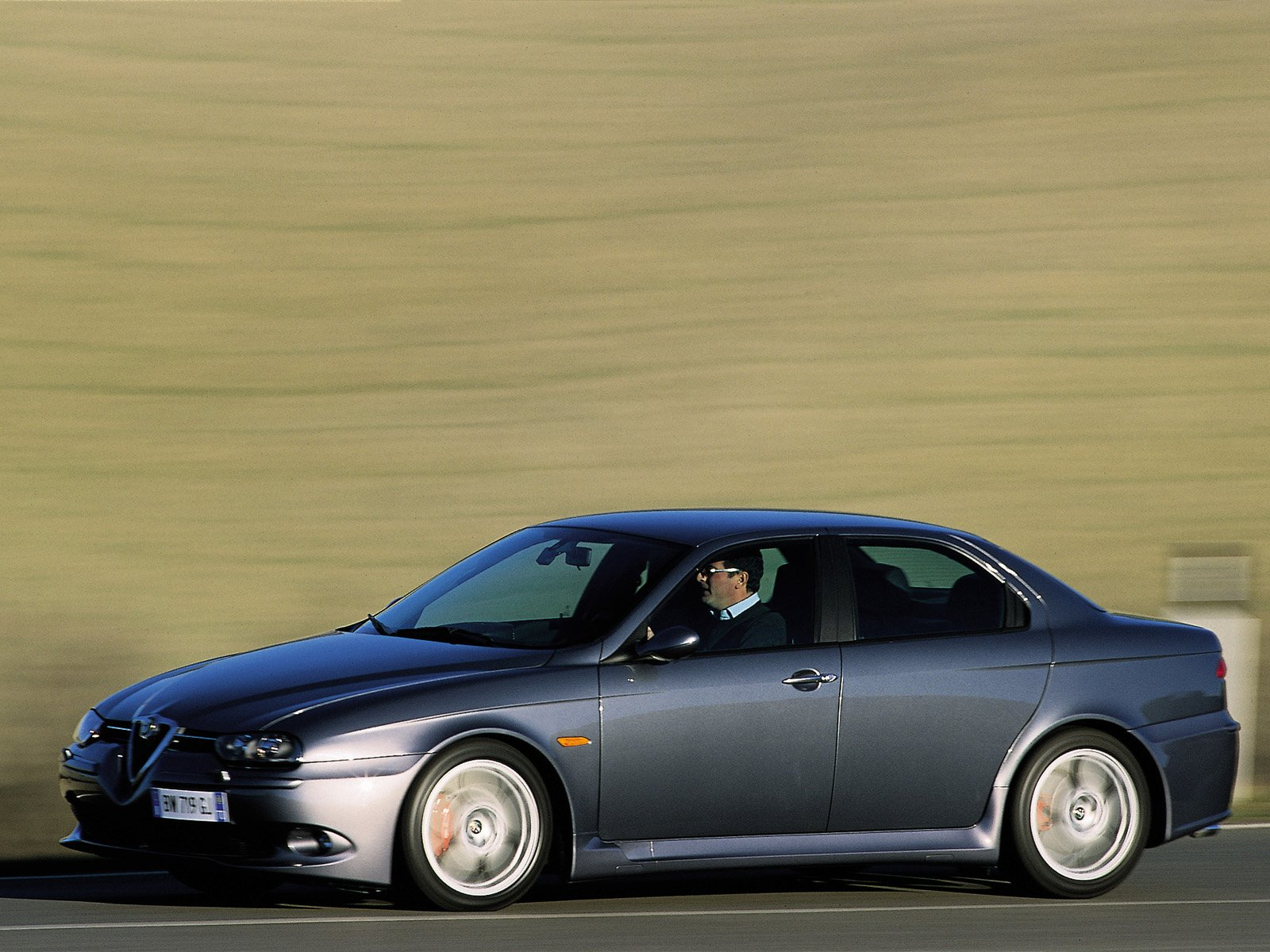 alfa romeo 156 gta photos photogallery with 29 pics. Black Bedroom Furniture Sets. Home Design Ideas