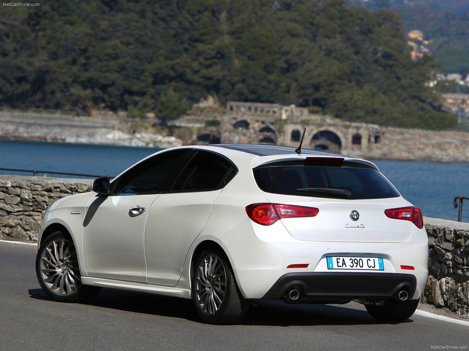 Alfa Romeo Giulietta picture