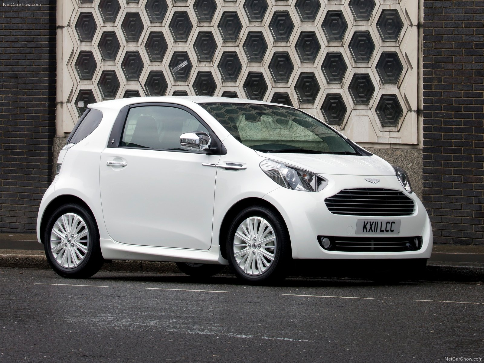 aston martin cygnet photos - photogallery with 26 pics| carsbase