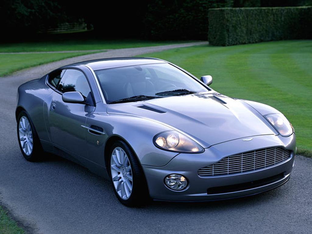 Aston Martin V12 Vanquish photo #13225