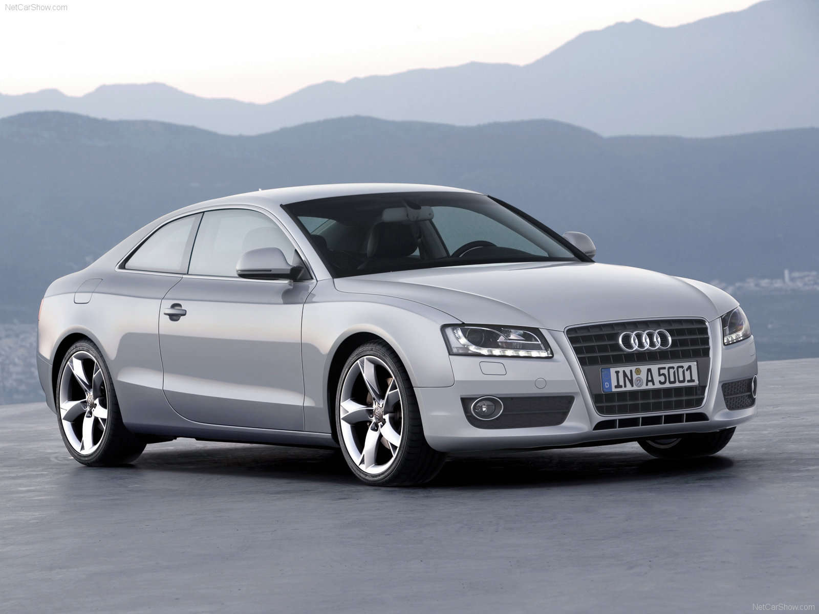 http://www.carsbase.com/photo/Audi-A5_mp4_pic_42028.jpg